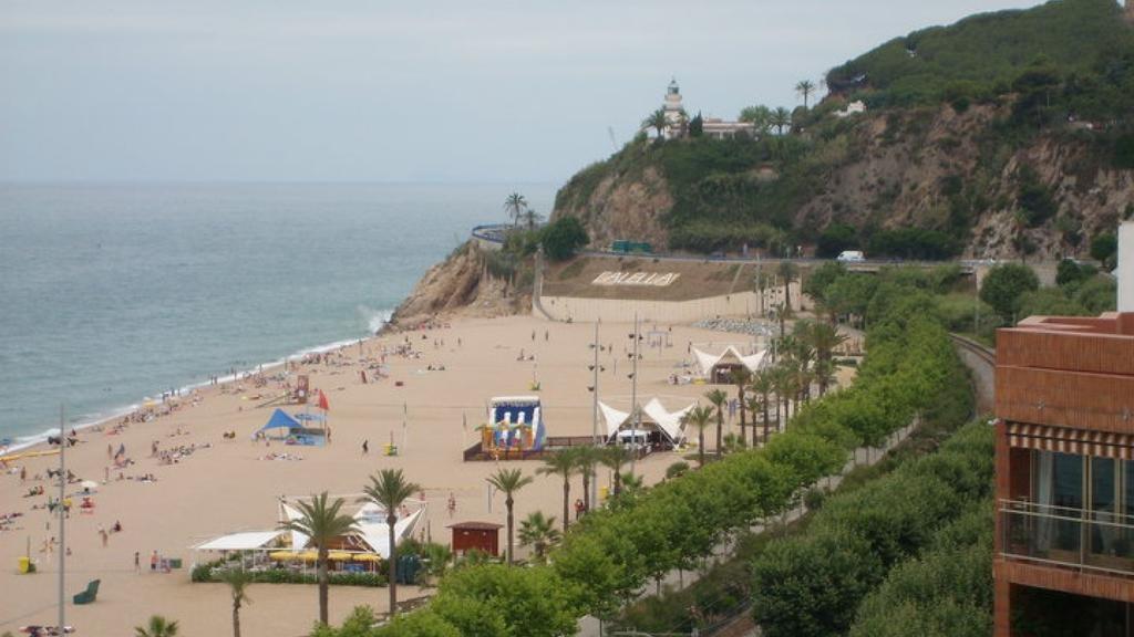 мошенников, которые монт роса испания фото пляжей много языка его
